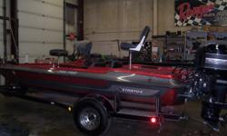 1989 Stratos 285 PRO, STK# 58, RED, POWERED BY MERCURY XR4, HUMMINBIRD FLASHER, LOWRANCE FLASHER, MOTORGUIDE BRUTE 765, HOT FOOT, 2 BANK CHARGER, COVER. Nominal Length: 18' Stock number: 58