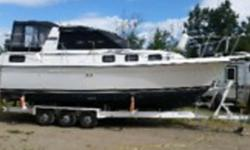 1990 Carver Yachts Riviera 2807 1990 28 Carver lake boat. New stringers gelcoat and canvas in 2005. Dingy is negotiable. Rod holders and down riggers. Custom built 2007 tridem trailer. 3 foot aluminum fishing platform. Very well maintained Ready to go
