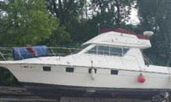 1990 Cruiser yachts 33 Esprit Flybridge Cruiser Yachts 33 Esprit 38 loa Flybridge Dual Control Two 7.4 Mercruisers Has everything Full stereo system GPS Fish finder Radar Swim ladder and swim platform Shower and sink Fish box Stove Loaded and ready to