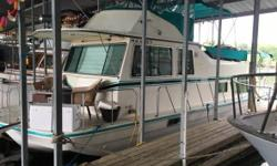 1990 Harbor Master House Boat 430-VDD Harbor Master House Boat for sale by owner! 37 boat in VERY GOOD CONDITION. Sleeps 6 Comfortably!! FlyBridge Full Bimini Covers Over upper deck and rear deck. 950 hours on Crusader Engines Slip at Pine Harbor Marina