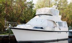 (LOCATION: Cape Coral FL) This 48' Ocean Yachts Aft Cabin Motor Yacht has a flybridge, spacious salon, and three staterooms. There's room for everyone. She's a great day boat, sunset cruise boat, and would also be enjoyable for extended cruises or as a