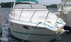 This boat is actually a 1991 322 Crowne, iboats does not list this model in their page set up options so I had to choose the 302. Chris Craft has always had great styling and spacious layouts and this cruiser has all of that plus! Powered by twin 5.8