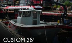 Actual Location: Seattle, WA - Stock #050773 - If you are in the market for an utility, look no further than this 1991 Custom 28 Fishing, Crabbing, Utility Boat, priced right at $45,800 (offers encouraged).This boat is located in Seattle, Washington and
