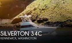 Actual Location: Kennewick, WA - Stock #111126 - If you are in the market for a sportfish yacht, look no further than this 1991 Silverton 34, priced right at $43,400 (offers encouraged).This vessel is located in Kennewick, Washington and is in good