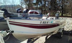 This boat is perfect for a beginner or someone who just don't need a big boat any more. 1991 Smokercraft 142MGL with a Mariner 25 two stroke engine and trailer! Features include: Electric Anchor winch livewell 3 fish seats trolling motor fish finder Super