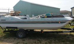 DECKBOAT 20ft I/O Mercury Engine(s): Fuel Type: Gas Engine Type: Other Stock number: USYL82907