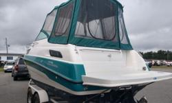 1993 Chaparral Signature 24 Air conditioner, full cockpit enclosure, full covers, heat, beautiful boat inside and out!!