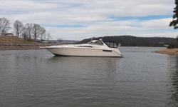 1993 Sea Ray 500 Sundancer This is a very nice well loved Old School 500 Sundancer with only 950 hours on dependable Detroit Diesel 6V92's. It is equipped iwth 2 full staterooms and 2 full heads and huge salon and aft cockpit for enteratining. It is