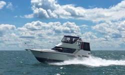 (ORIGINAL OWNER) 1994 CARVER 350 AFT CABIN MOTOR YACHT -- PLEASE SEE FULL SPECS FOR COMPLETE LISTING DETAILS. LOW INTEREST EXTENDED TERM FINANCING AVAILABLE -- CALL OR EMAIL OUR SALES OFFICE FOR DETAILS. Freshwater / Great Lakes boat since new