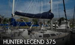 Actual Location: Norfolk, VA - Stock #051546 - If you are in the market for a sloop sailboat, look no further than this 1994 Hunter Legend 375, just reduced to $49,900.This vessel is located in Norfolk, Virginia and is in great condition. She is also