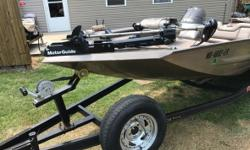 2000 Aluma-Weld Xpress H56 2000 Express bass boat Nice condition Boat with a two year old motor guide trolling motor has a 2006 Yamaha 115 four stroke and runs excellent the color is a Goldish brown with black back track trailer Very well maintained Ready