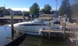 1995 Bayliner 2855 Ciera Sunbridge powered by a MerCruiser 7.4L 454 Bravo 2 with 925 +/- hours. Options include 19-inch Flat Screen TV, DVD Player, Microwave, Stereo CD with Flash Drive Port, Portable Air/Heat, GPS Garmin 546 with Winnipesaukee chip,