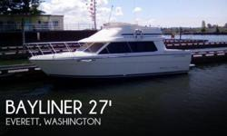 Actual Location: Everett, WA - Stock #109778 - If you are in the market for a cruiser, look no further than this 1995 Bayliner Classic 2858 CB, just reduced to $18,500 (offers encouraged).This boat is located in Everett, Washington and is in good