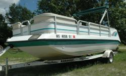 1995 Godfrey 21' Hurricane Fun Deck Boat If you can't decide between a pontoon boat or a deck boat…then this boat is your answer, it is a combination of both. The benefits a pontoon with ample and comfortable seating and the performance of a deck