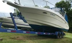 1995 Rinker Fiesta Vee 280 EC 1995 Rinker Have had it for years just time to sell Engine maintained very well 2500 stereo and new guard rails added to the cabin Everything works perfectly The only problem is a small crack on the window Located in Painted