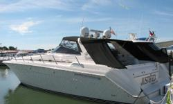 (CURRENT OWNER OF 6-YEARS) PRIDE OF OWNERSHIP SHOWS THROUGHOUT THIS 1995 SEA RAY 500 SUNDANCER -- PLEASE SEE FULL SPECS FOR COMPLETE LISTING DETAILS. Freshwater / Great Lakes boat since new this vessel features Twin Detroit Diesel 6V92 550-hp Diesel