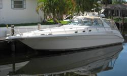 Low Hour, Nicely appointed Former Fresh Water 450 Sundancer with Two Stateroom / Two Head Layout, with a Great Cockpit for Entertaining. Twin 420hp Cummins Turbo Diesels.Air Conditioning, Generator, Full Electronics Package, Camper Canvas, Extended Swim