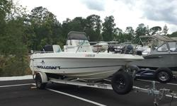 1995 Wellcraft 190 CCF Wellcraft center console. Comes with a Minn Kota trolling motor. 1995 but still running smooth. Beam: 7 ft. 4 in.