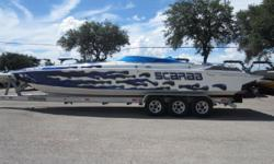 1995 Wellcraft 31 SCARAB, PLEASE CALL 512-266-2225TRAILER NOT INCLUDED Nominal Length: 31' Stock number: CONS-KEM