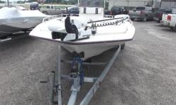20' long Bay Quest center consoled boat, powered by a 1996 Mercury 150 EFI 2-stroke motor. All are salt water series. All this sitting on a galvanized Magnum Custom Trailer. The interior of the this boat has been recently redone. The seats look great and