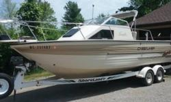 1996 Crestliner 2250 Eagle 23 foot long 1996 Crestliner 2250 Eagle model in great condition Very nice Big Water boat that has been setup for both Salmon and Walleye as well! Several updates have been performed to this boat such as a brand new Motor with