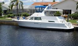 Hatteras 42 Cockpit Motor Yacht with twin Caterpillars is a favorite for extensive cruising with family and friends and as a liveaboard. Enjoy the spaciousness everywhere - salon, master suite with centerline queen, forward pullman double berth, 2 private