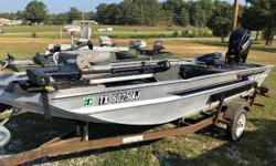 Water Ready!!!! EXCELLENT Condition. Brand NEW MOTOR Nominal Length: 16' Length Overall: 16.5' Beam: 4 ft. 0 in.