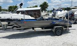 1996 XPRESS H52 Bass boat, Pro V 115 Yamaha, Stainless Prop, Trolling Motor, Fish Finder, Live Well, Quick Load Aluminum Trailer, Boat Cover. $6,490.00 Antonietti Marine 727-862-0776 Beam: 6 ft. 10 in.