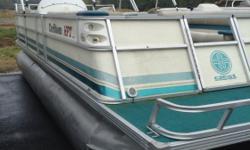 Boat with 115hp Mercury #UMERC4208