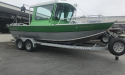 STOCK LIMITED 1997 Rogue Coastal 22 Hard Top Loaded and ready to catch This custom build hard top has made it to our lot! Its a 1997 Rogue Coastal, custom work done by Rogue Jet Boatworks, paired with a set of F90 Yamaha's and sitting on top of a Rogue