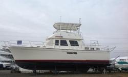 Classic trawler styling. This Maine built cruiser is solidly built and can cruise 8 to 18 knots. Roomy to liveaboard and economical. Worth a look if this size range suits your needs! Nominal Length: 43' Length Overall: 43' Drive Up: 4' Engine(s):