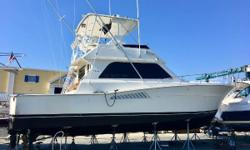 THE BEST DEAL ON A 43 VIKING WORLDWIDE MOTIVATED SELLER YOU WILL NOT FIND A CLEANER ENGINEROOMor MORE MOTIVATED SELLER BRING OFFERS REDUCED 25K Having already purchased a new boat this seller is going to part with this boat at a bargain