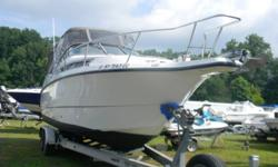 *** 1998 CHAPARRAL 270 SIGNATURE W/VOLVO 7.4 *** This the 270 Signature by Chaparral Boats. This mid range cruiser is the exact fit for weekending or overnighting and cruising, The Chaparral quality shows all throughout this boat! It has been well taken