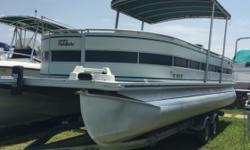 1998 Harris Flote Boat AWESOME PONTOON ! BEAUTIFUL LAYOUT, COVER, BIMINI TOP READY TO GO TO THE LAKE ! Stock number: B5450