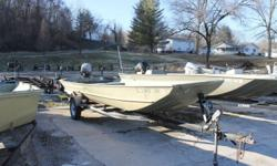 1998 Lowe Boats L1852 powered with 35HP Johnson with Trim and Tilt. Hin: OMCL2935J798 Stock number: UB1303