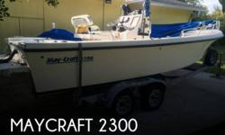 Actual Location: Miami, FL - Stock #063520 - If you are in the market for a fishing, look no further than this 1998 Maycraft 2300, just reduced to $11,500 (offers encouraged).This boat is located in Miami, Florida and is in good condition. She is also