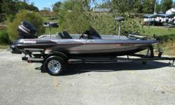 Nice older boat, comes with two Humminbird depth finders, 65# trolling motor and custom trailer. Water ready and raring to fish! - 1998 Triton TR-17 / 115 Johnson Nominal Length: 17' Engine(s): Fuel Type: Other Engine Type: Outboard