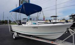 Robustly-constructed and boasting tons of conveniences, this right-sized Aquasport rewards you with that big-boat ride in a truly easy-to-use package. Easy to use for both families and angler alike, this 175 Osprey has seating for all and livewells as