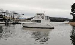 1999 Carver 356 Motor Yacht This is a Freshwater Undercover 356 Motor Yacht that has been extremely well cared for. It has only 460 hours on Mercruiser 7.4l MPI Inboards and is equipped with Generator; 2 AC/Heat Units; Full Bridge and Aft Deck Enclosures;