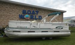 1999 Misty Harbor 20' Pontoon & 40HP Honda Outboard. Motor Runs Great! This Pontoon Features, Port Front Bench Seating With Storage, Starboard Front Lounge/Bench Seating With Sorage, Pump Sink, Wrap Around Bench Seating With Additional Storage, Very Large