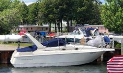 This 1999 Monterey 276 Cruiser is a well-maintained boat. The previous owners had the inside of the boat detailed before listing it. This boat would make for a wonderful day boat or it also offers the space and amenities to spend the weekend on. The boat