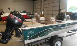 90 MERCURY/TRAILER INCLUDES A 1 YEAR OLD MINKOTA BOW MOUNT TROLLER, 90 MERCURY OUTBOARD, FACTORY TRAILER, GOOD COVER, FISH FINDER, VERY VERY NICE CONDITON, MUST SEE TO APPRECIATE, OUR BROKER WARRANTY INCLUDED NO CHARGE Engine(s): Fuel Type: Gas Engine