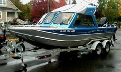 150 MERCURY SALTWATER OPTI-MAX,9.9L MERCURY FOUR STROKE,2-LOWRANCE FISH FINDERS,VHF RADIO,SHOCK-SEATS,STORAGE BENCHES,PARTIAL HARD TOP,CAMPER CANVAS,OFFSHORE BRACKET,WASH-DOWN PUMP,CRAB PULLER,EZ-LOADER TANDEM GALV. TRAILER W/BRAKES & SIDE GUIDES. Beam: 8