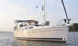 2008 Hunter 41 DS Call ownerMario @ 450-359-3183. Design: This Hunter 41DS combines beauty and extremely well-appointed interiors for comfort and exceptional ease of sailing. Strategic rigging placement keeps the deck clean and uncluttered,