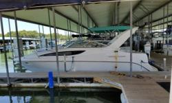 2000 Bayliner Ciera 2855 LX Sunbridge 2000 Bayliner Ciera 2855 LX Sunbridge model in great condition Equipped with a 310hp 7.4 Liter MerCruiser motor with a Bravo III Outboard motor LOA - 30.3 feet long Beam - 9.10 feet wide Boat is pulled for complete