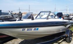 2000 G3 G190 F/S, STK# B6 WHITE/BLUE POWERED BY YAMAHA V150 TLRY, LOWRANCE HDS5 CONSOLE, LOWRANCE ELITE 4 HDI BOW, MOTORGUIDE MAGNUM 48 LBS/12V, COVER, 3 BANK CHARGER. Nominal Length: 19' Stock number: B6