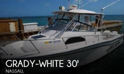 Actual Location: Nassau, Bahamas - Stock #014638 - If you are in the market for a walkaround, look no further than this 2000 Grady-White 300 Marlin, just reduced to $39,000 (offers encouraged).This boat is located in Nassau and is in great condition. She