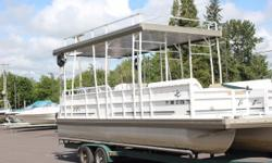Mel's Marine Service is pleased to offer this 2000 JC Pontoon 226 I/O Tritoon: Nominal Length: 22' Engine(s): Fuel Type: Other Engine Type: Stern Drive - I/O Stock number: C10230