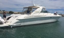 100% FRESH WATER, 2 Chicago owners, pampered 580SS. Seller had Cat go through the engines last summer, as well as having the local dealer go through it bow-stern so he'd have a perfect boat for this season. Personal plans have changed, so he is now