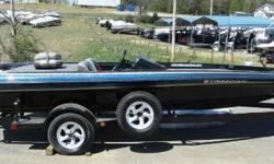Very nice older boat with big power. This one is FAST! Comes w/ Lowrance 520C GPS at console and Lowrance X135 at the bow, 24V MinnKota trolling motor and spare tire. - 2000 Shadow 2100 / 225 Merc EFI Nominal Length: 20' Engine(s): Fuel Type: Other Engine